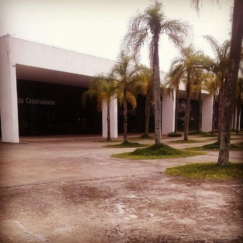 Work! Niemeyer Memorialdaam éricalatina