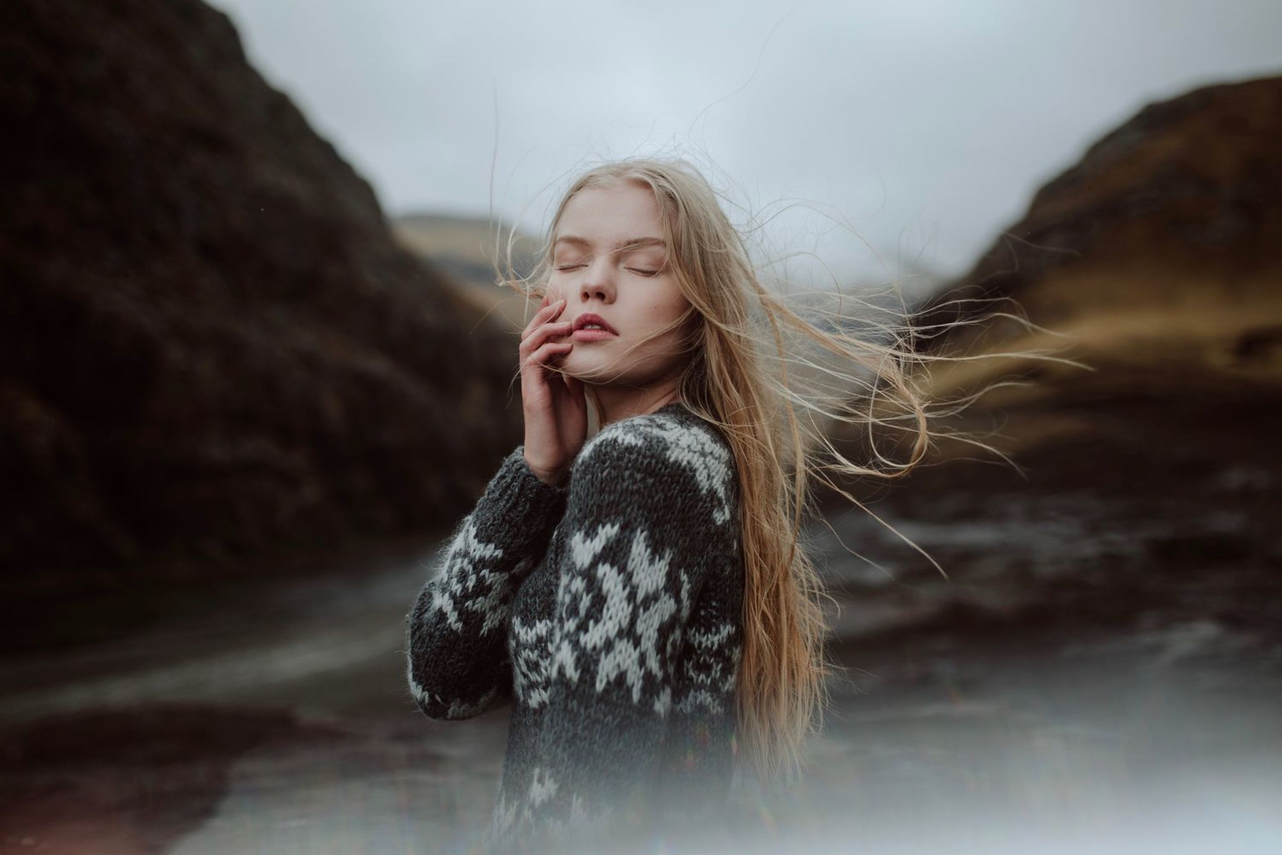 one person, child, hair, girls, childhood, long hair, warm clothing, front view, blond hair, looking, clothing, women, winter, waist up, hairstyle, standing, day, focus on foreground, contemplation, beautiful woman, outdoors, innocence