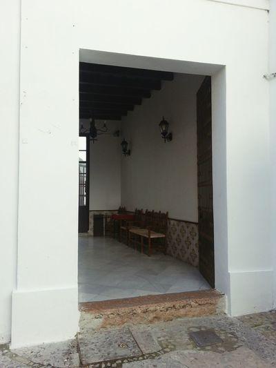 Indoors  Architecture Door No People Arcos De La Frontera Arcosdelafrontera Architecture Hall Entradita Casapuerta