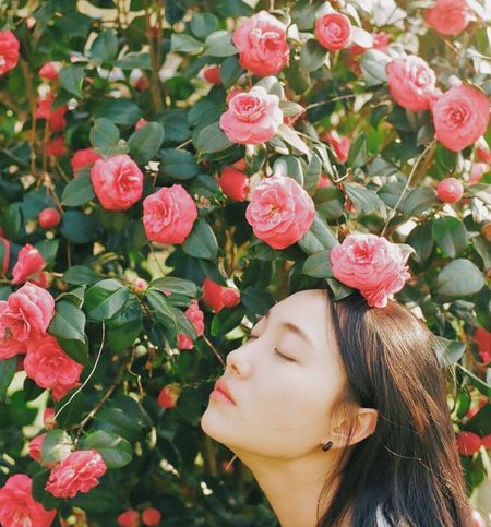 Film Film Photography Filmisnotdead Analogue Photography Capture The Moment 35mm Film Beautiful Woman Portrait Flower Eyes Closed  Pink Color Day Close-up Nature