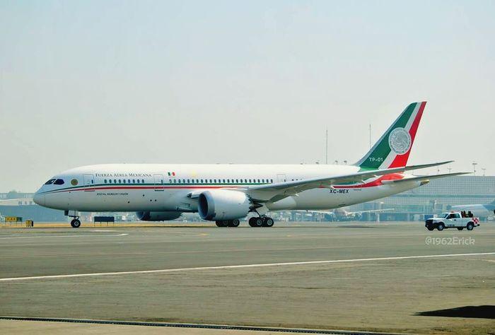 Osom bebé nuevo 787 800 para nuestro país. Avgeek Boeing Boeing 787 Dreamliner