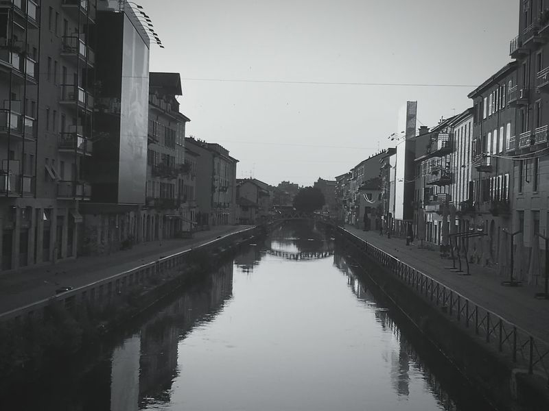 Urban Reflections Urbanphotography Urban Landscape Waterscape Water Reflections Watet Reflecti Black & White Blackandwhite Photography Blackandwhitephoto Taking Photos Check This Out Hanging Out Going To Work