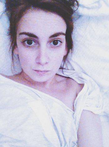 Sick and no make up. Fuckin day.