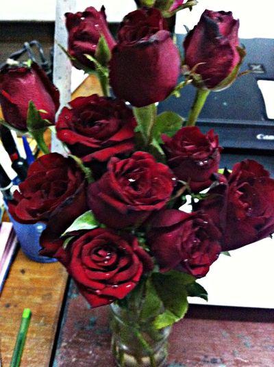 มีดอกไม้ที่โต๊ะทำงานก้อทำหั้ยสดชื่นดีเหมือนกันแฮะ!!!!