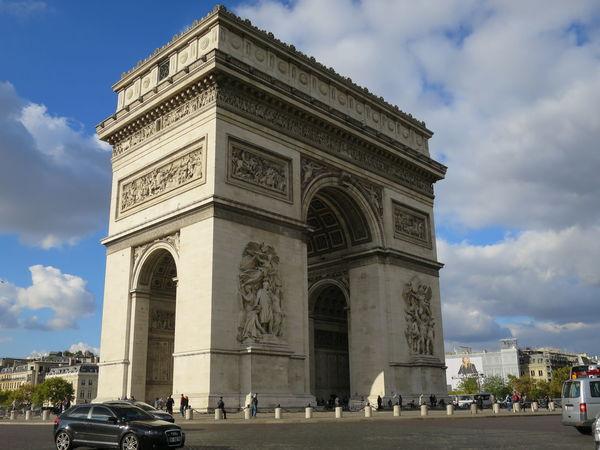 Arc De Triomphe De L'Étoile Architecture Blue City Life Cloud Cloud - Sky Day Famous Place History Outdoors Sky Tourism