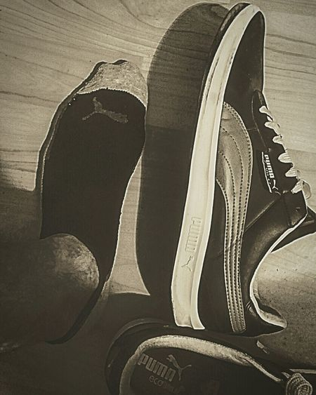 No People Indoors  Close-up Shoes Blackandwhite Sneakers Shoes <3 Black And White Photography Unique Sneakers Of The Day Puma Life On My Feet Sneakers Addict Shoesaddict Shoesoftheday Shoeslover Shoe Selfie Puma Shoes MyStyle👌 Pumashoes Puma Sneakers Mystery Photo EyeEm Selects