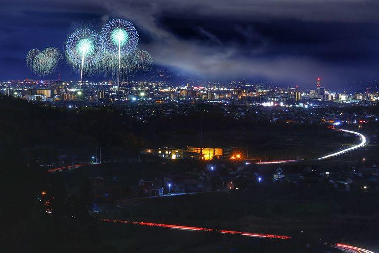 平成最後のえびす講煙火大会🎇寒かったー😂 Landscape Moonlight 花火大会 City Cityscape Illuminated Arts Culture And Entertainment Celebration Event Firework Display Sky