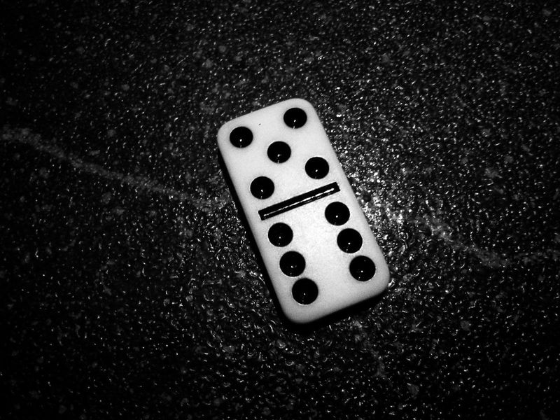 Gambling Leisure Games Luck Table Indoors  Chance High Angle View Close-up No People Domino Dominos Dominoes Dominoe Pieces Five Six Blackandwhite Black And White PhonePhotography Mobilephotography Smartphonephotography Black Background Monochrome Pool Pot Piece
