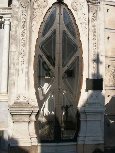 Buenos Aires Argentina Architecture Design Recoleta Cemetery Shadows