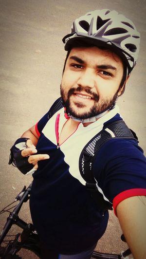 boa tarde✌👍 Only Men Portrait Cycling First Eyeem Photo