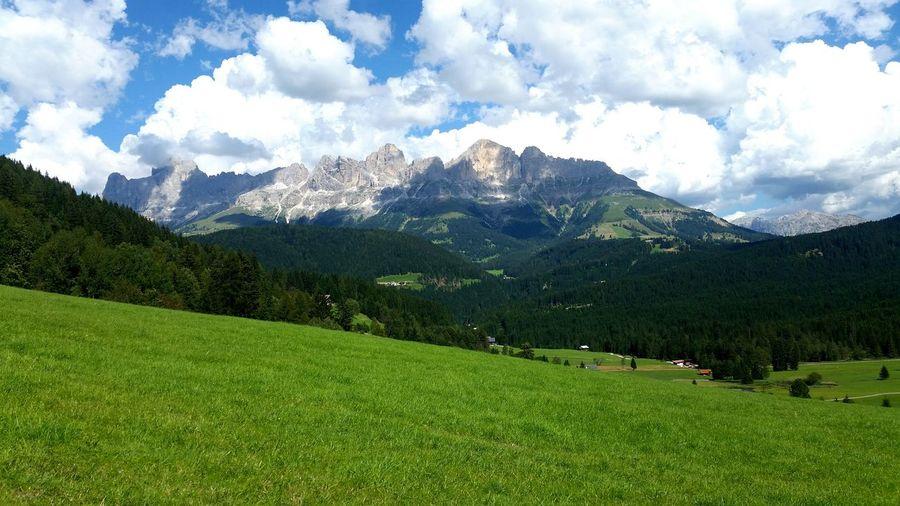 Mountain Green Color Cloud - Sky Nature Wilde Dolomites, Italy Orizon Mountain Peak Forest Tree Neighborhood Map