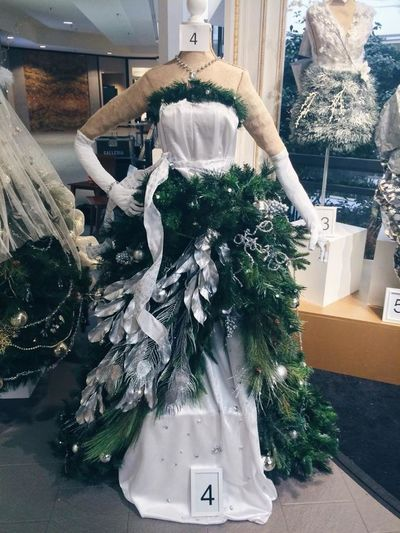 Go to the Galleria Facebook page it's in Edina and Vote Dress number 4 thank you. That's my dress. Fashion Dress Vote Christmasdress Christmas Tree Love