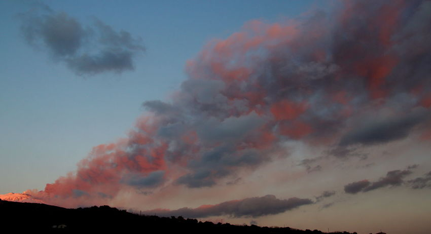 l'ora rosa.... Beauty In Nature Cloud - Sky Day Erupting Etna, Mountain, Sicily, Outdoors Parossismo Scenics Sky Sunset