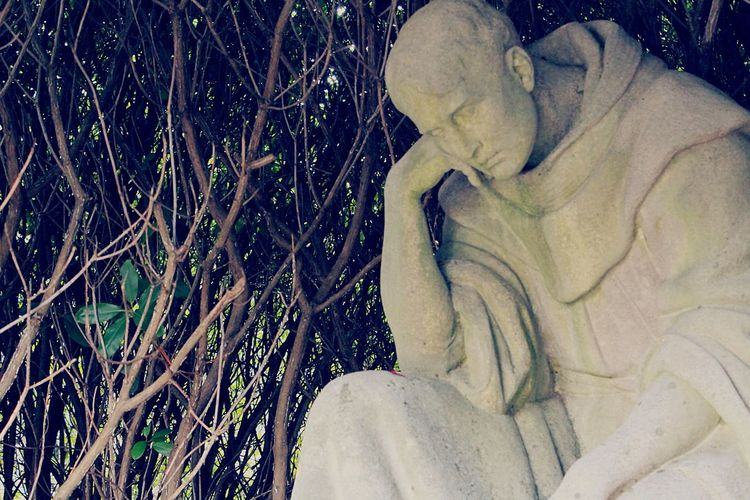 Indeepsorrow Historic Cemeteries Cemetery Photography Friedhof Ohlsdorf Statue Sorrowful Waitingforever