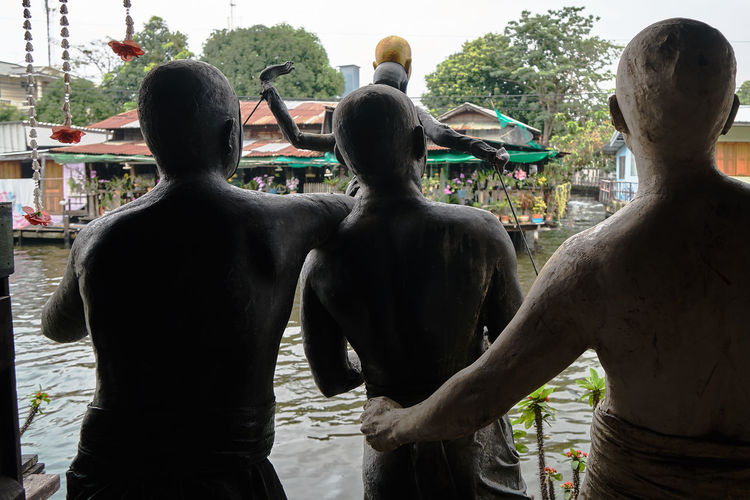 Bangkok Canal Day Outdoors Sculpture Silhouette Streetphotography View From Behind Miles Away Miles Away
