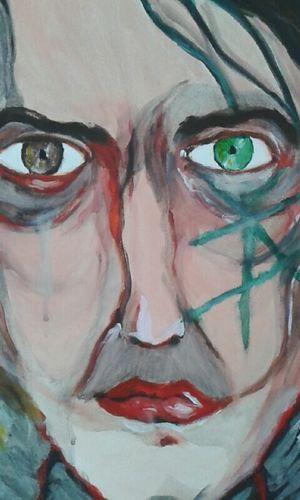 Taking Photos Painting Drawing Face Green Eyes Brown Eyes Amazone