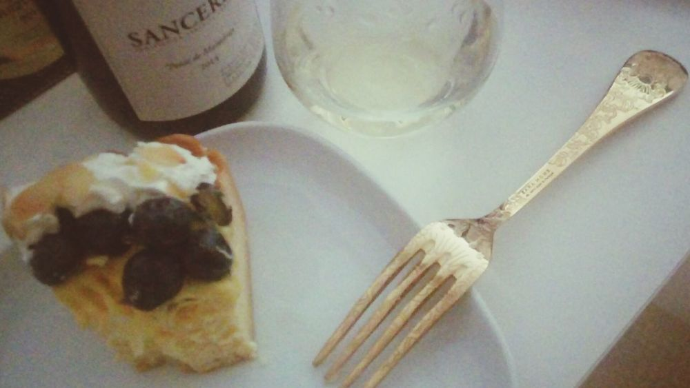 Finish the last part of this sancerre wine Sancerre Cheese Cake Actually Dont Match Haha Anyway Delicious ♡