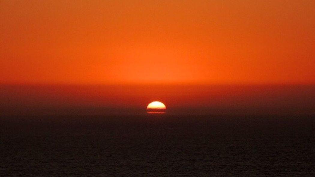 Sunset Today Magic Sunset Sundown...♥ Sunset_collection Sunset_captures Sunset Lovers Beautiful Sunset It's Summer Enjoying Life Enjoying The Sun Orange Sky Reñaca Beach , Chile