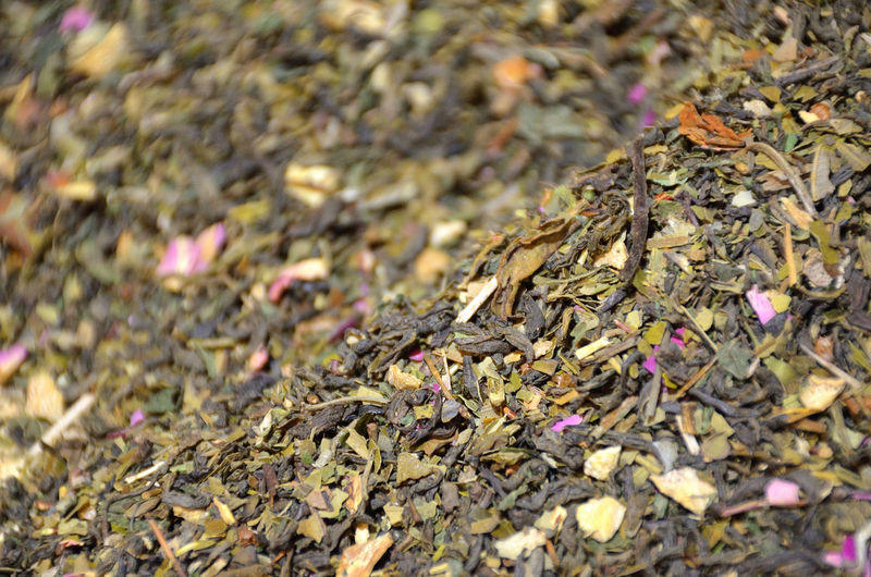 Fruit and Loose Herbal Tea Loose Tea Green Tea Tea Leaves Tea Leaf Plant Leaf Food And Drink Unpacked Tea Herbal Tea Rose Petals Rose Tea Healthy Lifestyle Healthy