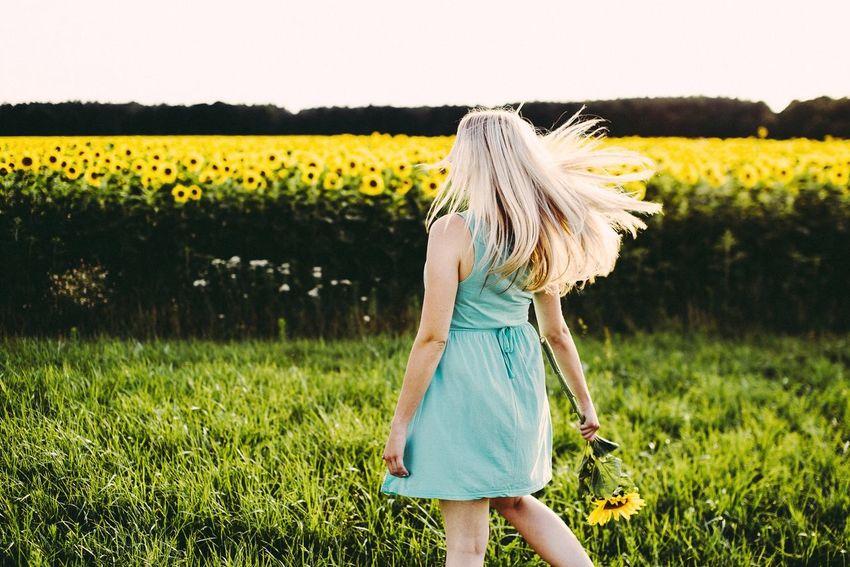 - Lara 🌻- Nature On Your Doorstep Capturing Freedom People Portrait Of A Woman Portrait Beautiful Girl EyeEm Best Edits EyeEm Best Shots Open Edit EyeEm Nature Lover