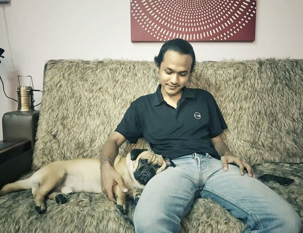 Friendship Pets Living Room Sitting Men Dog Domestic Life Bedroom Relaxation Sofa