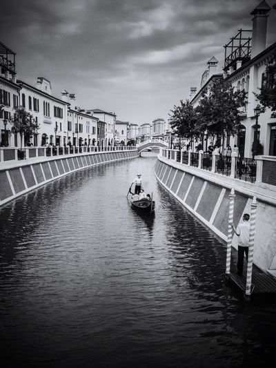 Nope, I am not in Venezia . Made In China .😊 Gondola IPhoneography Blackandwhite