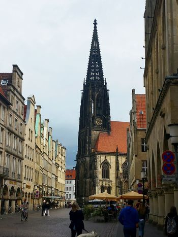 Church Münster Impressionen Münsterland Münster Germany Pedestrian Zone Lovely View Cities Of Europe Ancient City Münster Hello World Ladyphotographerofthemonth Bad Weather On Its Way Showcase August Street Photography Ancient Church Houses And Homes City Center The Street Photographer - 2017 EyeEm Awards