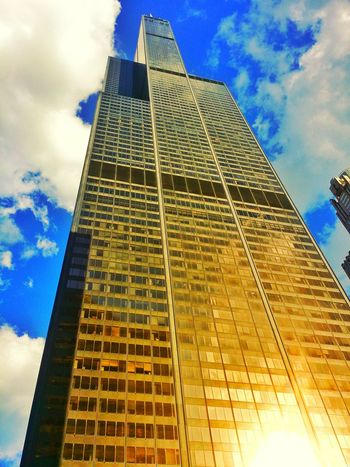 Sears Tower Never Willis Low Angle View Building Exterior Architecture Built Structure Sky Tower Tall - High Tall Skyscraper Cloud Modern City Blue Office Building Cloud - Sky Growth Day Outdoors Capital Cities  City Life