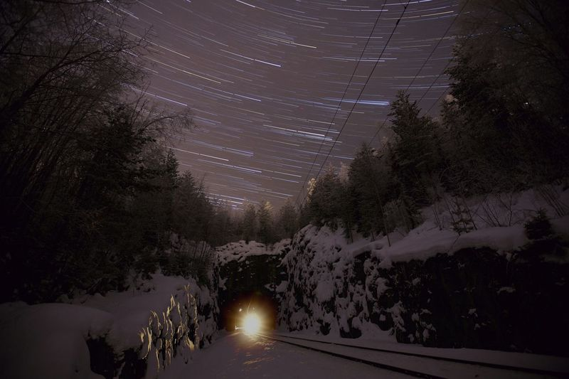 Startrail train closin... Long Exposure Nightphotography Train Railroad Winter Canon 5dMarkⅡ 1635mm Stars Trailing