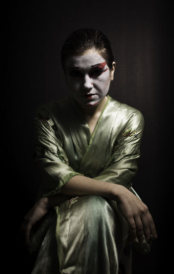 Japanese Make Up Black Background Dark Indoors  Make-up Model One Person Portrait Robe Spooky Stage Make-up Studio Shot Young Adult Young Women