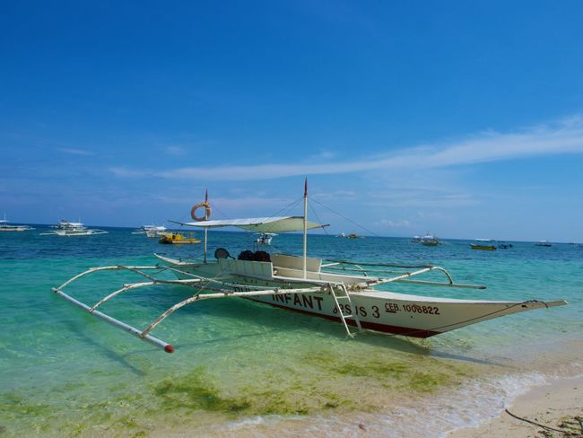 Boat Boat Panglao Bohol Philippines Beach Blue Sky Water Philippines Photos Alona Beach Alona Philippines Boats⛵️