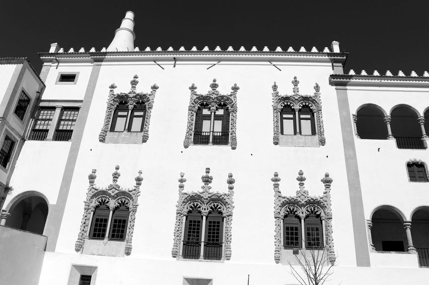 Palace Blackandwhite Exterior View Bnw Eye4photography  Sky And Clouds Streetphotography Minimalobsession Light And Shadow Old Buildings EyeEm EyeEm Best Shots EyeEmBestPics Blackandwhite Photography Black&white Minimalism Black And White Minimalist Historical Site EyeEm Gallery Arquitecture Taking Photos Palacio Nacional De Sintra Sintra Portugal