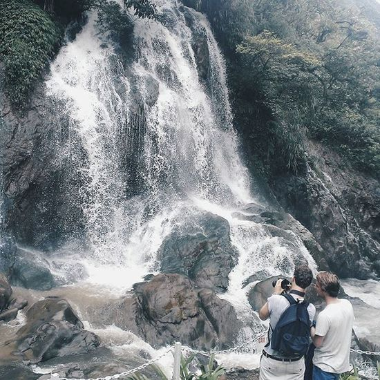 Sprinkling me like the waterfall . . . . . Hb2 Vscocam Bevsco VSCO Vscogoodshot Vscogood_ Vscothai Vscothailand Vscocamthailand Vsconature Vsconice Icu_vsco Adayinthailand Vscovietnam ADayToRemember Natureaddict Naturelover Throwback