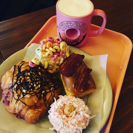 Being Homer Simpson Donut Holes Donuts Chocolate Covered Donuts Save The World Sprinkles Food Chocolate Covered Dinner Hungry