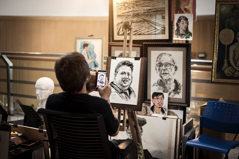 Capture of drawing Art And Craft Creativity Indoors  Artist Two People Lifestyles Real People Young Adult Drawing - Art Product Leisure Activity Old-fashioned Photographer Technology Exhibition Day Men Adults Only People Adult