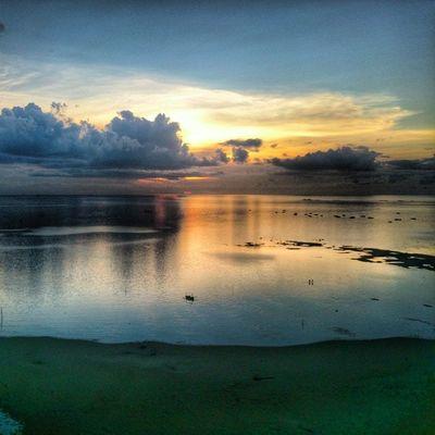 Sun_set Seascape Beach Sky afternoon Belitung instasunda instanusantaraNature instadroid instanusantaraLandscape landscape Indonesia travel travelphotography travelling