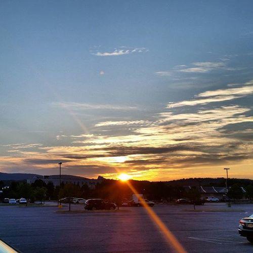 Sunset Sunsets Sunshine Sunday Sun Dusk Poughkeepsie Newyork NY Clouds Hudsonvalley
