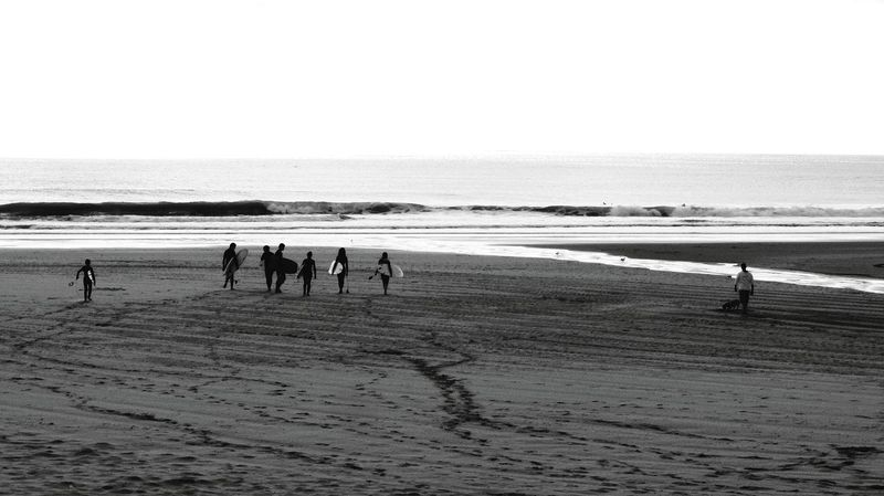 Surfing time..warching people... Blackandwhite Photography Blackandwhitephotography Monochrome _ Collection My Monochrome World Monocrome Design Black And White