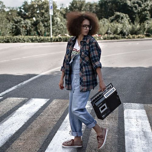 One Person Road Casual Clothing Luggage One Young Woman Only Full Length Only Women Young Adult Suitcase Travel Curly Hair One Woman Only Leisure Activity Transportation Lifestyles Outdoors Day Young Women Portrait Looking At Camera The Portraitist - 2016 EyeEm Awards TheWeek On EyEem EyeEm Awards 2016 Portraitist - 2016 Eyeem Awards Summer