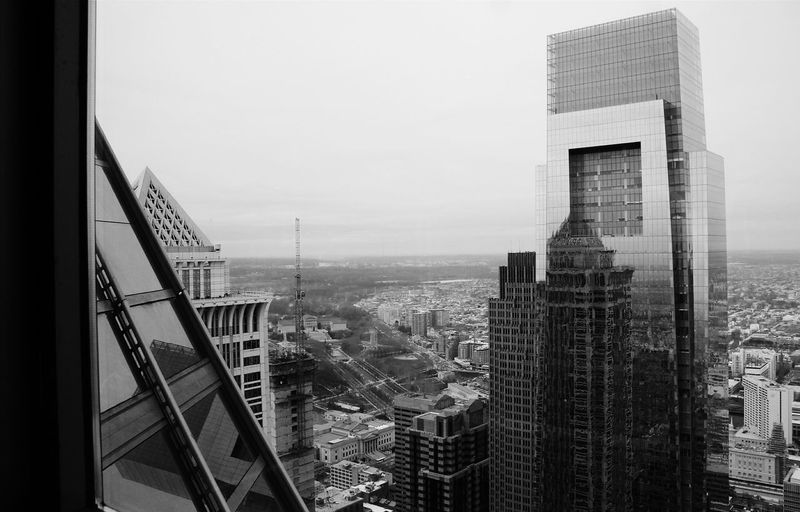 Just finished watching the first whole season of Mr. Robot. That show is the bomb. Totally binge worthy. Here's another view from the Observation Deck in Philly. Cityscape Discover Your City City View Black&white Black And White Photography Black And White Philadelphia Vscocam Showcase: January Viewfromthetop