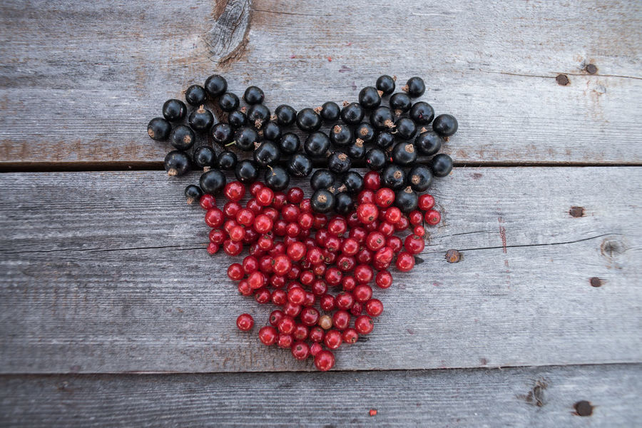 island of berrys Berry Berrys Close-up Day Food Freshness Healthy Eating Healthy Food Heart Indoors  Nature No People Table Wood - Material