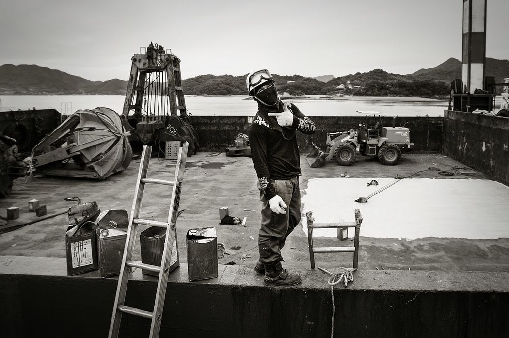 Have a nice weekend! One Man Only Harbor Sea Workers At Work Shipbuilding Yard Shipyardlife Outdoors Real People Portrait Black And White EyeEmNewHere EyeEm Gallery Onomichi, Japan The Portraitist - 2017 EyeEm Awards