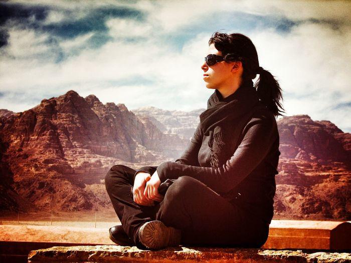 Me Desert Woman Portrait Woman In Black Black Wadi Rum Seven Pillars Of Wisdom Red Sand Travel Pause Staringatthehorizon Staring Thinking The Great Outdoors - 2016 EyeEm Awards Feel The Journey