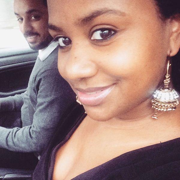 Us Sonu&Chelle Love Earrings Brownskin Natural Selca Selfie