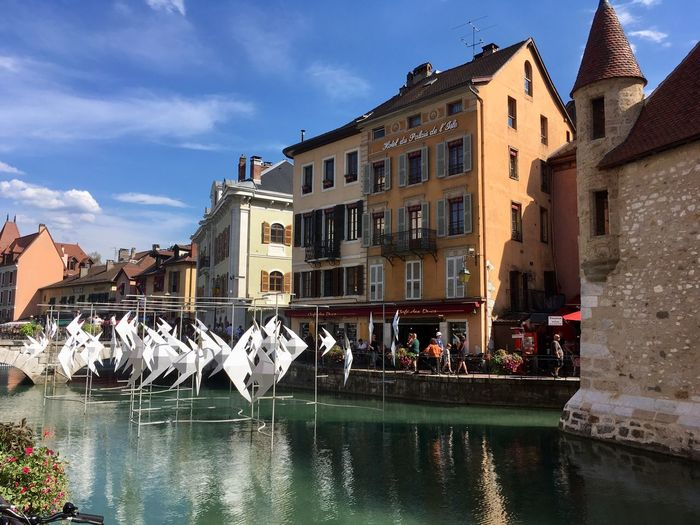 Venedig der Alpen Wonderful World France 🇫🇷 Modern Art Building Exterior Architecture Built Structure Water Building Nature Sky