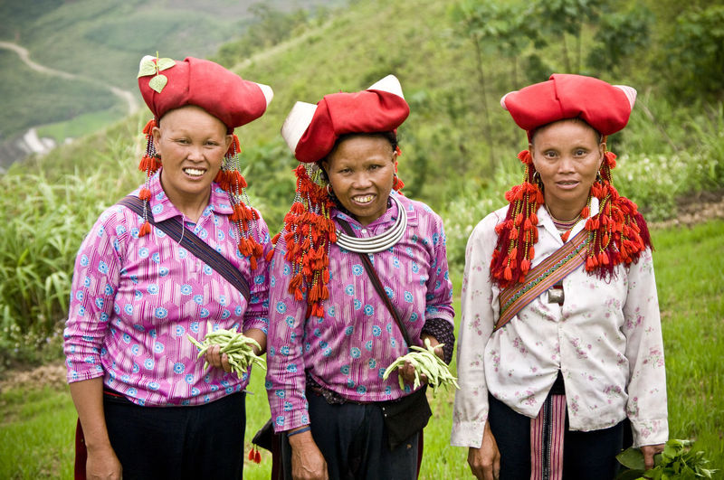 red h'mong community ASIA Casual Clothing Check This Out Community Composition Cute Elementary Age Friendship Front View Hanging Out Happiness Hmong Leisure Activity Lifestyles Looking At Camera Portrait Real People Red H'mong Sapa, Vietnam Tradition Traditional Traditional Costume Traditional Culture Traveling Vietnam