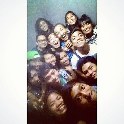 Elevator groupie with the AngNawalangKapatid family after watching FLUID.