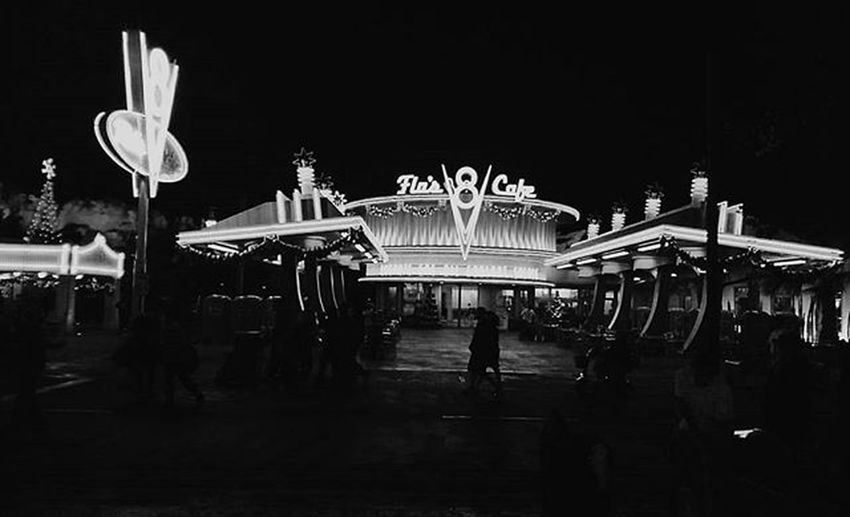 Flos8. Flos8cafe Disneycaliforniaadventure Disney Disneyland Californiaadventure Night VSCO Vscocam Vscocamphotos