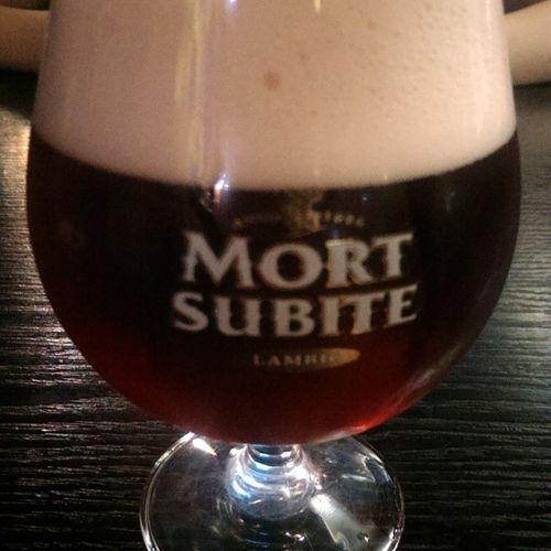One love Tgif Friday Partyhard Haratspub tomsk lambic mortsubite beer Belgian tomsk