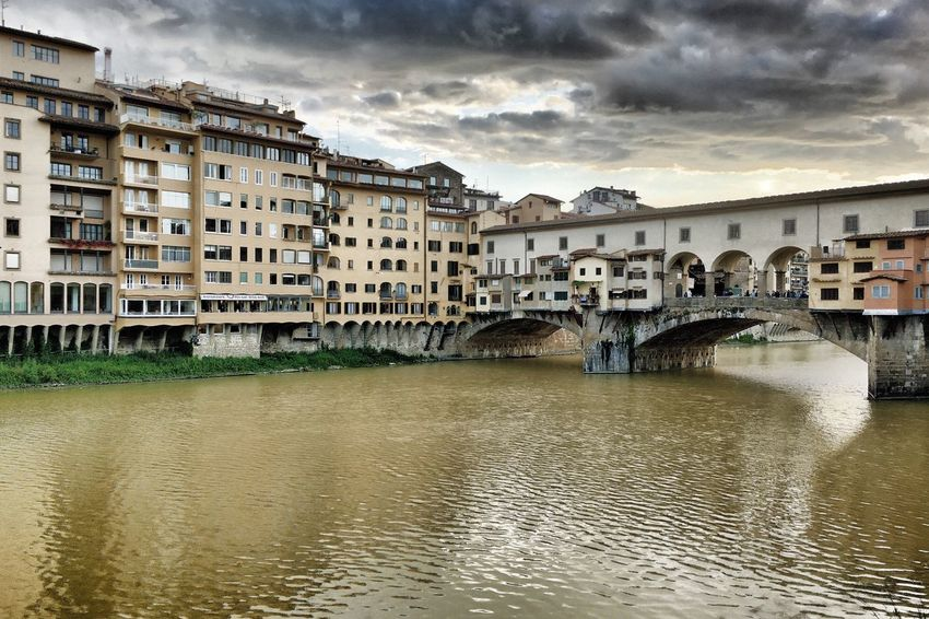 Ponte Veccio - Florence/ Italy Architecture Check This Out Walking Around Traveling Landscape Open Edit The Great Outdoors - 2016 EyeEm Awards Relaxing Enjoying The Sights Taking Photos Italy❤️ Italy River Arno Firenze HDR Collection HDR IPhoneography Bridgeporn Bridge Bridge View Ponte Vecchio